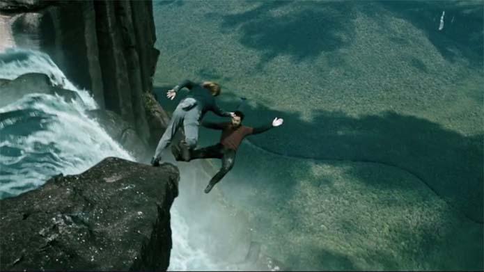 Bodhi falls off Angel Falls