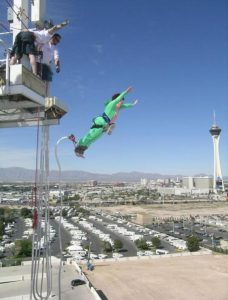 Bungee jumping at Circus Circus closed in 2006. Stratosphere Las Vegas can be seen in the distance. Source: Pinterest